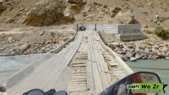we2r_tadjikistan_motorrad_14