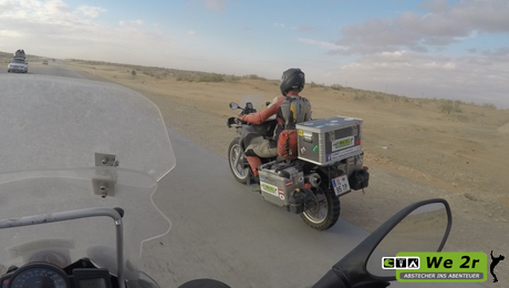 we2r_usbekistan_motorrad_39
